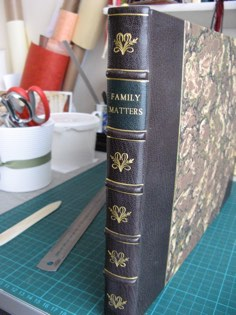 Image of Leather bound book bindery linked to Leather bound book page